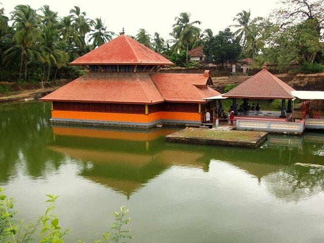 Ananthapura-Lake-Temple