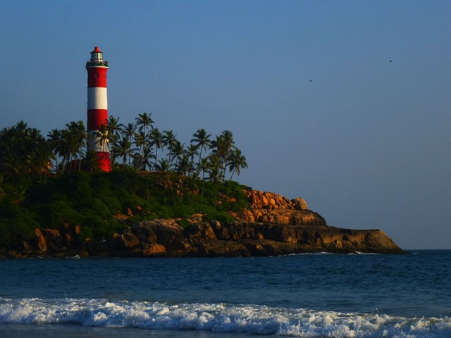 Lighthouse-Beach: things to do in kovalam