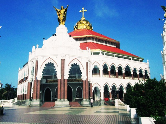 10 Must Visit Churches in Kerala