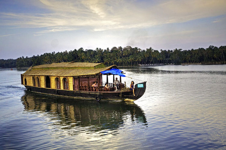 backwater-of-kerala