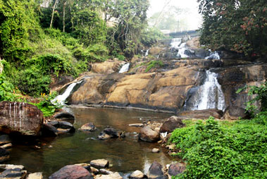 Aruvikkuzhi Waterfalls in Kumarakom